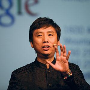 Chade Meng Tan-mindfulness-inspiradia-entrenamiento-atención-formación-conferenciante-inteligencia-emocinal-gestión-estrés-meditación-empresas